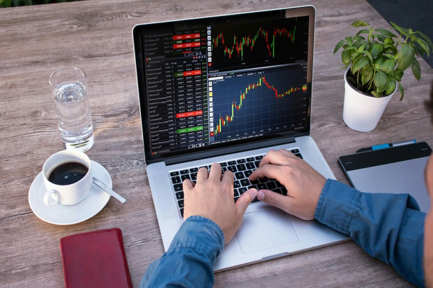 Selecting Forex broker – basic but necessary tips