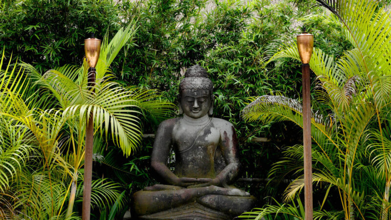 DOS and DON'TS while installing Buddha statues as Decorations in their Home
