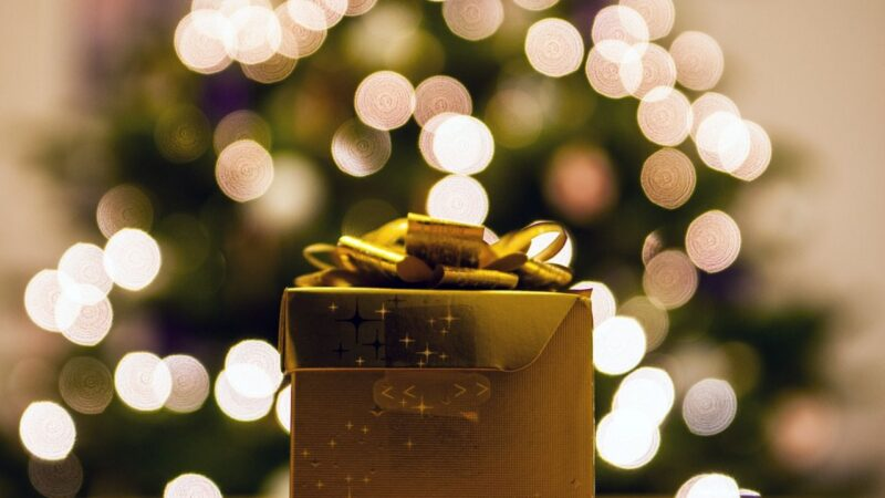 ONLINE DIWALI GIFT HAMPERS FOR LOVELY PEOPLE AROUND YOU