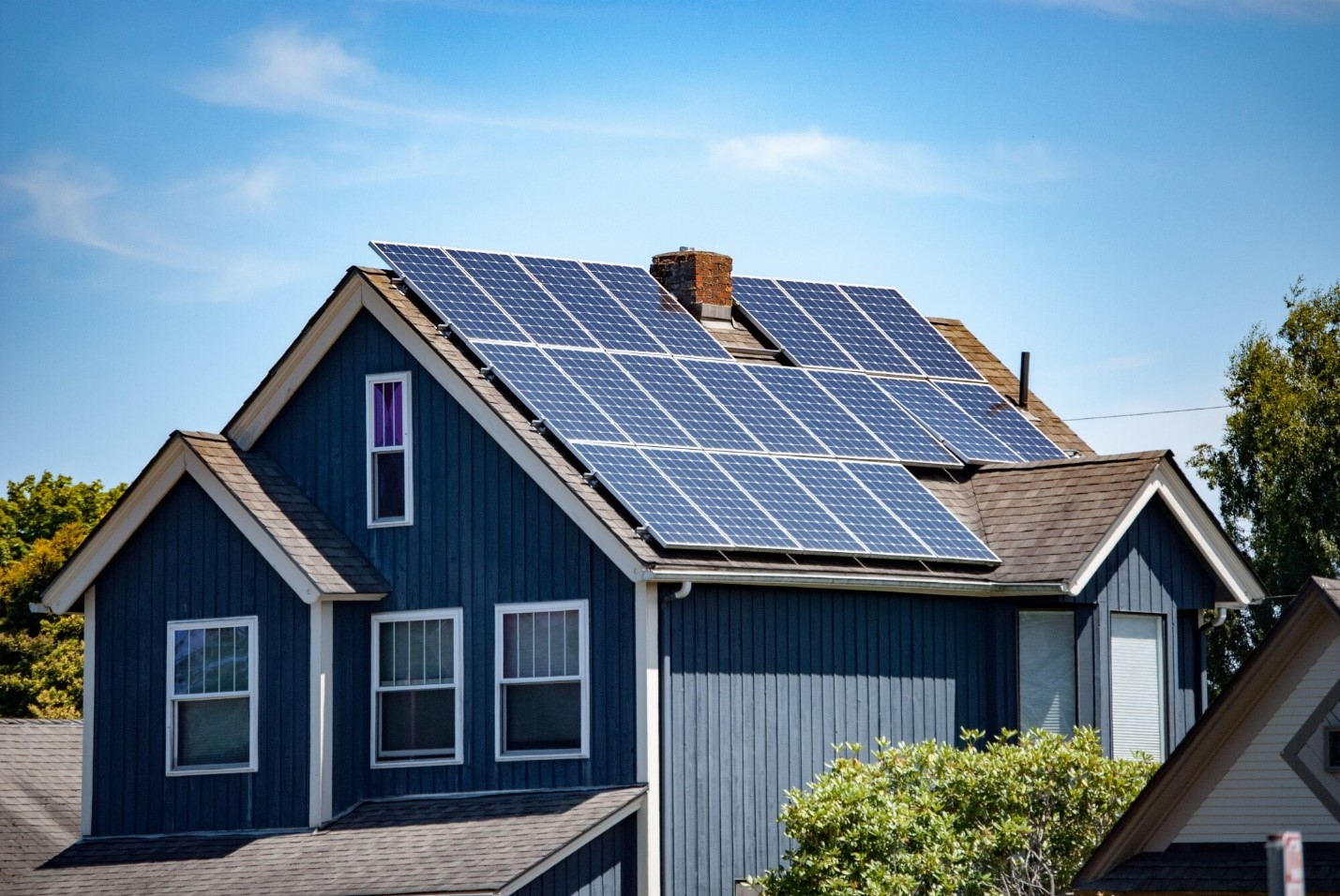 Top 5 Solar Panel Cleaning Products and Tools